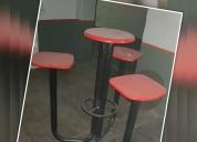 Bancos de madera y hierro con mesa y 3 asientos